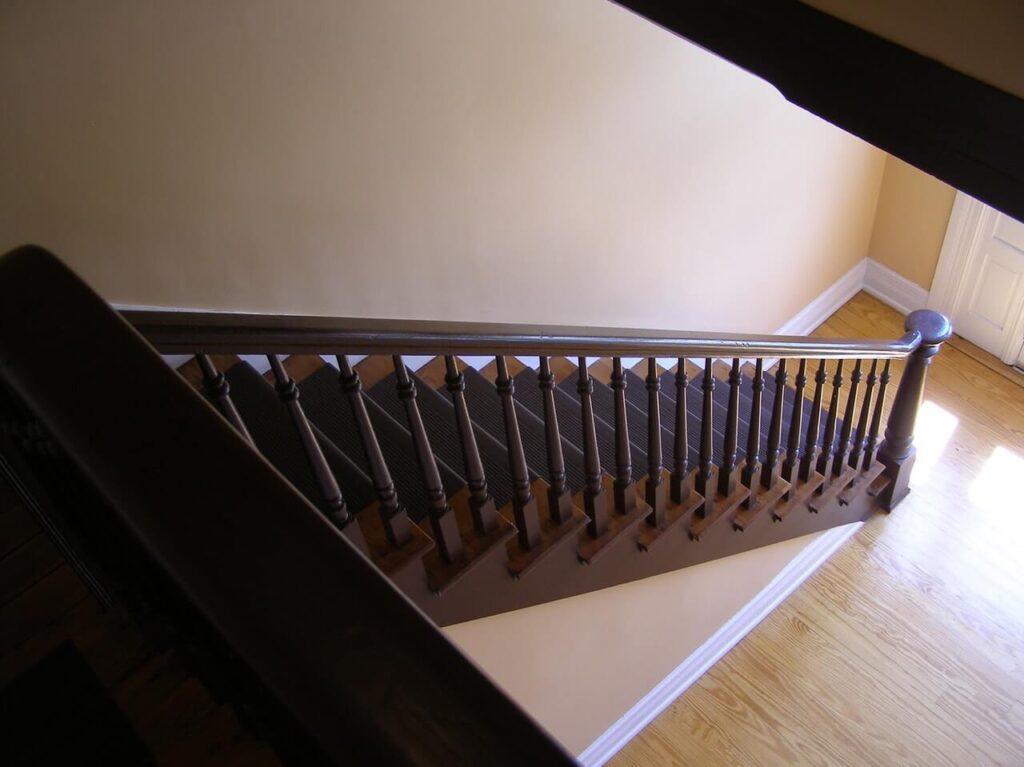 jak zrobić schody drewniane